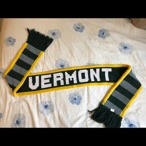 University of Vermont catamount scarf